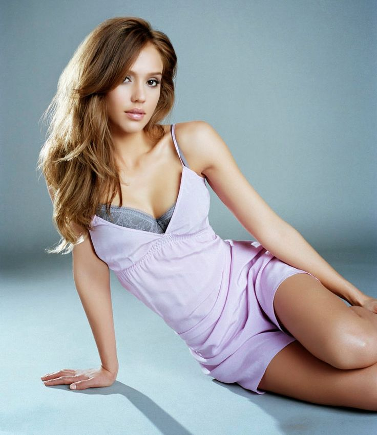 Jessica Alba hot at digital mode