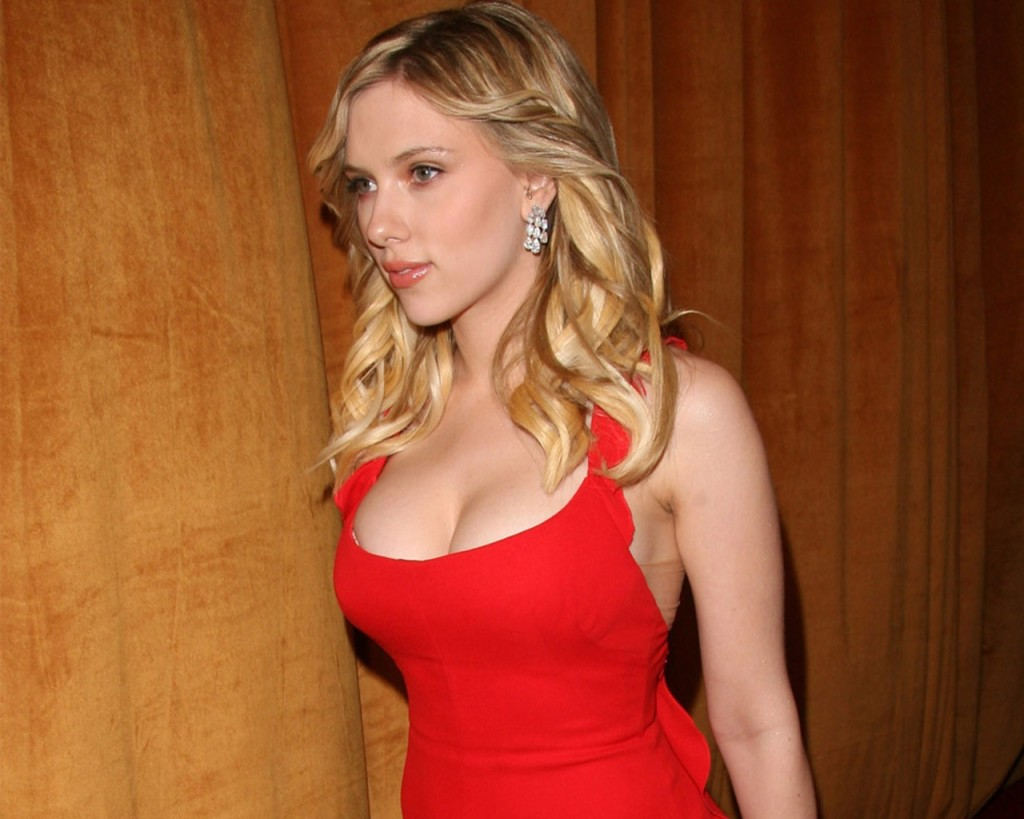 scarlett johansson hot at digital mode